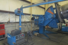 WELDER AND POSITIONER (FABRICATING)